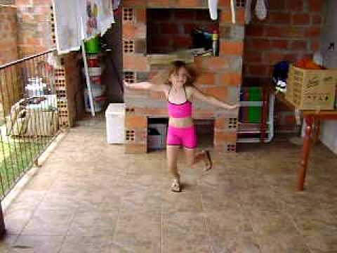 nicole dançando kelly key