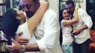 Watch Manyata KISSING and DANCING with hubby Sanjay Dutt