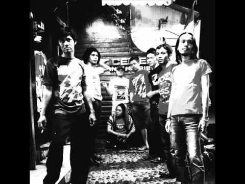 Watu Cilik original song By Sri Redjeki Band Date 2002