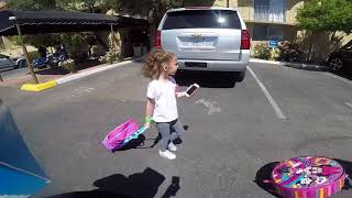 LARRY Y KENIA -CHILLIN WITH THE GIRLS VLOG