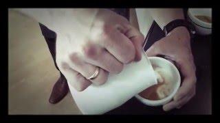 Grundtechnik Latte Art