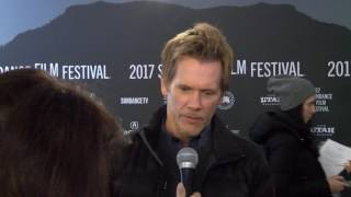 Kevin Bacon - red carpet (I Love Dick)