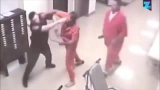 Preso ajuda policial em briga com outro detento
