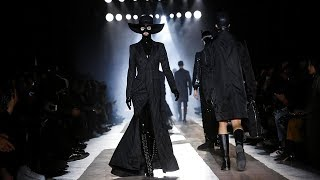 Moschino | Pre-Fall 2018 + Fall Winter 2018/2019 Full Fashion Show | Menswear