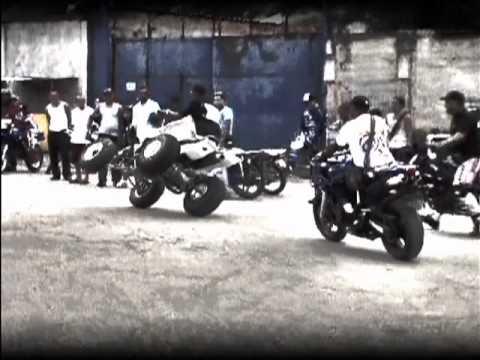 MOTOS PIRUETAS DENIS VARIOS CREADO POR JHON ARIAS.mp4