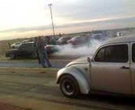 Volkswagen antonio Vs. Monte Carlo negro