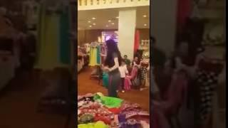 فيديو  مسخره رقص علي الاسكوتر