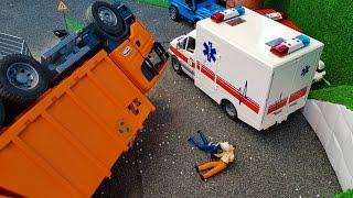 BRUDER toys GARBAGE truck CRASH!