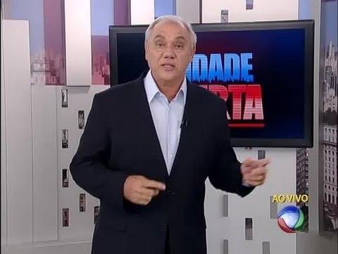Marcelo Rezende esclarece coçadinha no Cidade Alerta