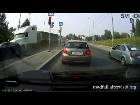 Straszne wypadki samochodowe w 2012 roku