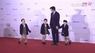 The Song triplets  in the 22nd Busan International Film Festival