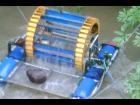 Bomba de agua en Rio con Rueda de Paletas