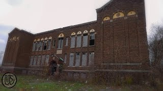 Neglected Old Abandoned School Fallen into Disrepair | Urban Exploration