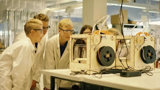 Vathorst College: Integrating 3D printing in high school education - Ultimaker: 3D Printing Story