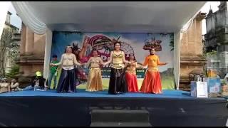 Bely dancing. Koreografer by arsi adityawati ( a )