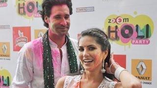 Sunny Leone CELEBRATES HOLI & PERFORMS at Zoom Holi Party 2014