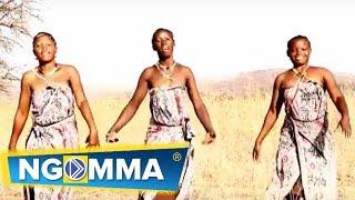 Nuru Choir (Mt Petro Makoja) - Mwokozi Kazaliwa