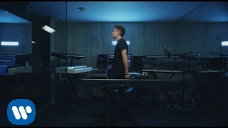 Download Charlie Puth - Attention [Official Video] Webm,Mp4,3gpp