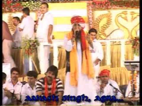 Saanwariyo Baitho Hai - Lakhbir Singh Lakha Live in Trinagar 2011