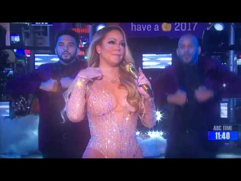 HD Mariah Carey Messes Up During New Year's Performance