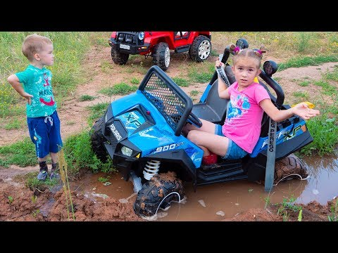 Xxx Mp4 Melissa Ride On Children 39 S Car And Stuck In The Ground Artur Tows On The Jeep Wrangler 3gp Sex