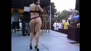 sexy sunny leone dancing on bachelor party...