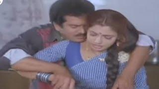 Rajendra Prasad And Ravali Romantic Scene In Kitchen || Vaddu Bava Thappu Movie Scenes