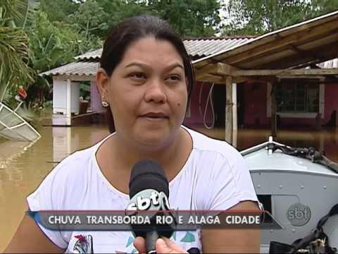 SP Temporal provoca enchente em Juquiá