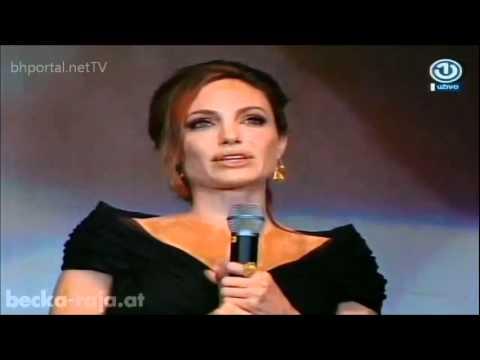 Angelina Jolie govori na bosanskom jeziku Angelina Jolie speaks Bosnian
