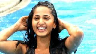 Sexy Actress Anushka in swim suit