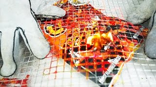 1000 DEGREE Chicken Wire Mesh VS HOT CHEETOS Experiment