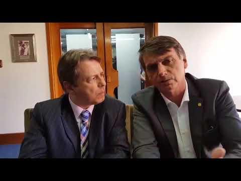 BOLSONARO FALA SOBRE A PRISÃO DE LULA