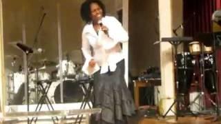 Naomi Karanja -LIVE