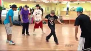Shaq vs Justin Bieber - Dance-Off