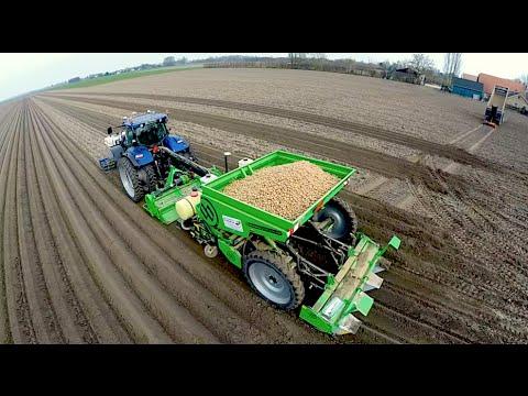 Potato Planting New Holland T7070 Blue Power Miedema Structural belt planter Loonbedrijf Breure