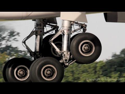 un Rockin Wheels in Slo Mo A330