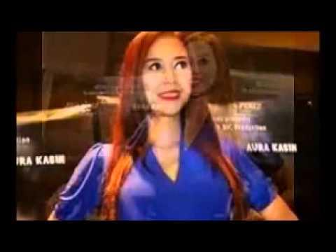 Xxx Mp4 Foto Aura Kasih Tampak Seksi Di Film 3 Cewek Petualang Bersama Imaz Fitria Julia Perez 3gp Sex