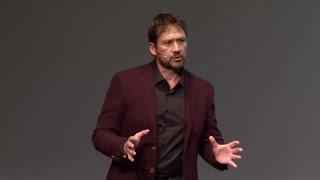 La vida está al otro lado del miedo | Miguel Angel Tobías & Gennet Corcuera | TEDxSevilla