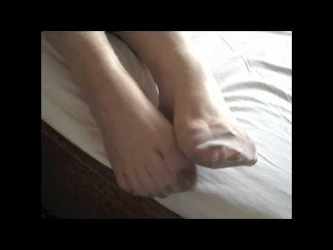 nylon feet show