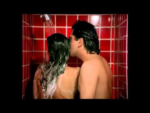 moonmoon sen in shower