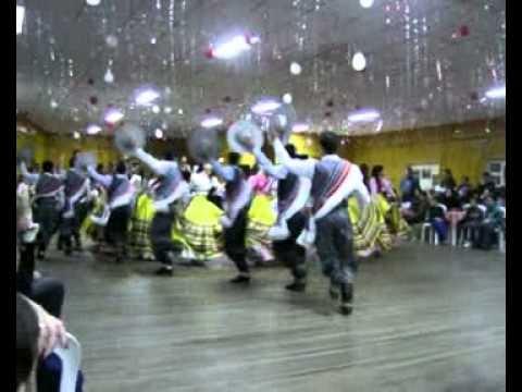 CTG Aldeia dos Anjos Entrada juvenil campeã juvenart 2010