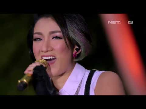 Melly Mono - Thinking Out Loud ( Ed Sheeran Cover ) - Spesial Performance at Music Everywhere