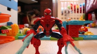 Spiderman & Captain America Playing With Toys Cars Poli