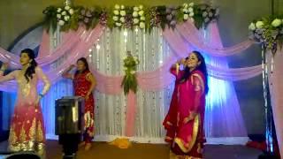 wedding vipin  ajay mehndi hai rachne wali