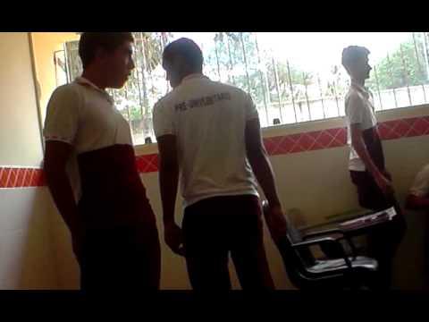 boliviano provocando galera do gueto