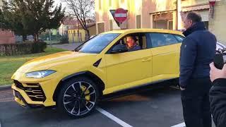 Lamborghini Urus on the road + startup!