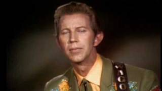 Porter Wagoner & Dolly Parton - Holding On To Nothin'
