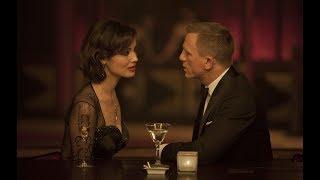 Skyfall (2012) Movie - Daniel Craig & Javier Bardem