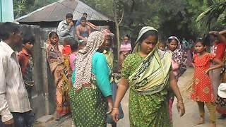 বাংলাদেশী গ্রাম্য ঝগড়া । নারীদের ঝগড়া । Bengoli Village Fight Part-1