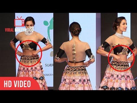 Xxx Mp4 Maliaka Arora Khan Uncomfortable SSJA Silver Nite Fashion Show 3gp Sex